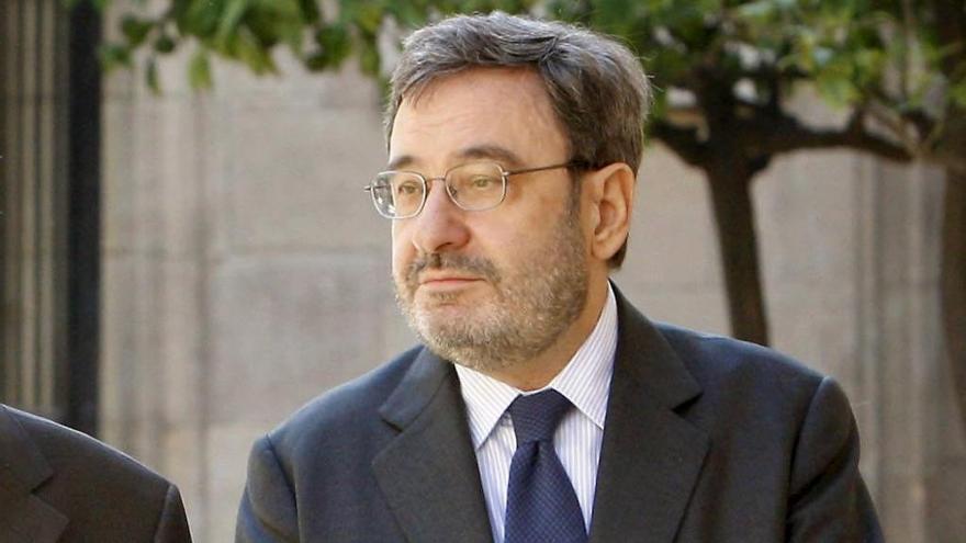 Serra seguirá imputado por operaciones inmobiliarias de Cataluña Caixa
