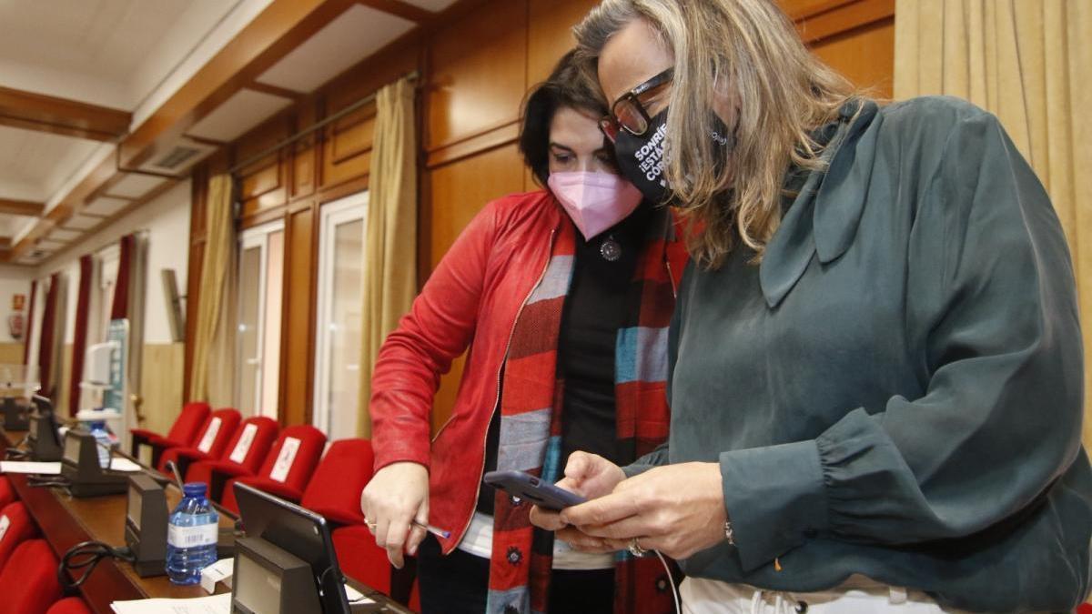 Isabel Albás asume temporalmente las competencias de Eva Timoteo hasta que el Pleno vote