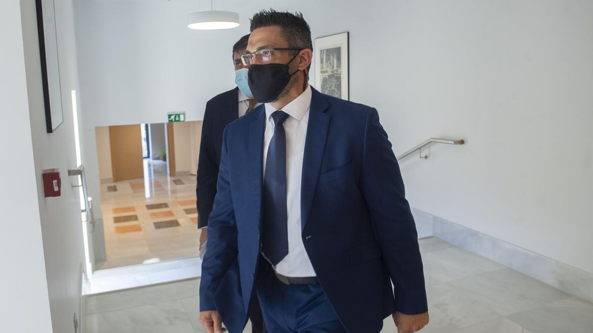 Sergio Ríos, exchófer del extesorero del PP Luis Bárcenas, en la comisión 'Kitchen' del Congreso.