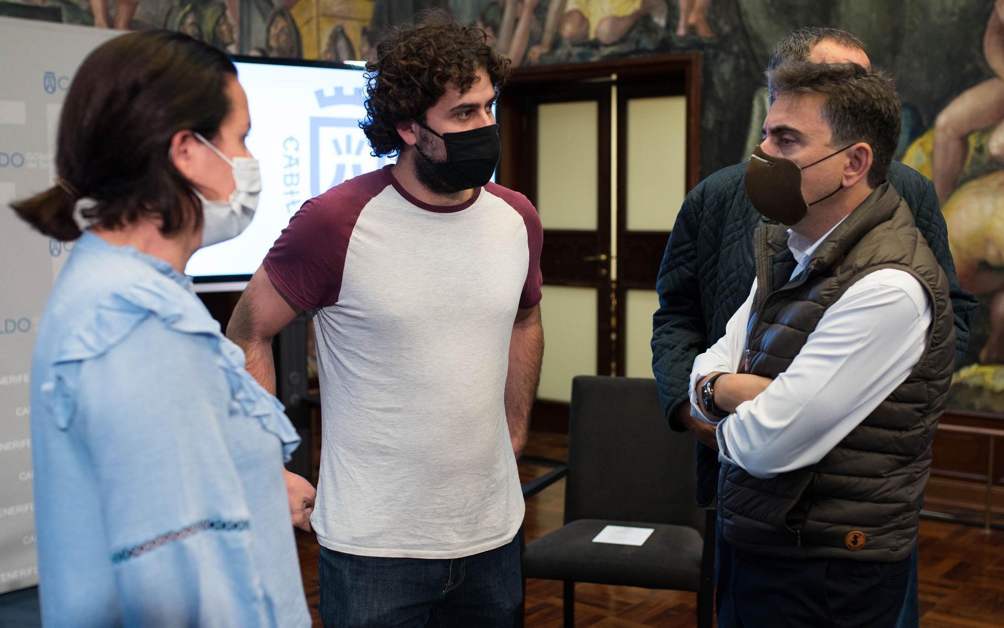 Abubukaka inaugura el proyecto cultural 'Abrazopatías'