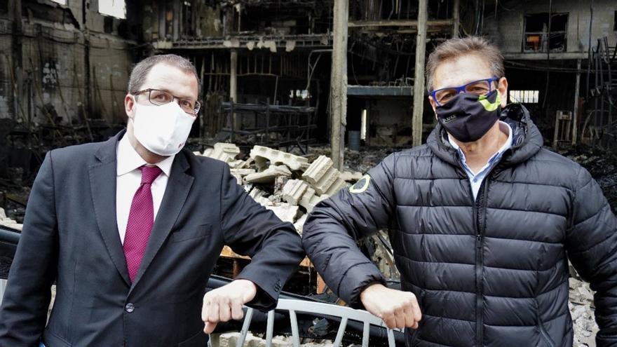 Silence recibe al Secretario General de Industria, Raül Blanco, en su planta incendiada