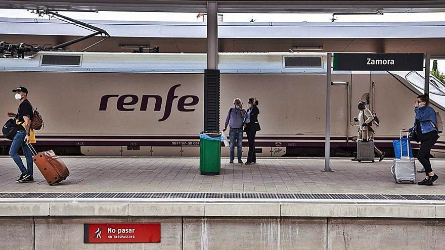 Renfe incorpora una nueva frecuencia entre Zamora y Madrid a media mañana
