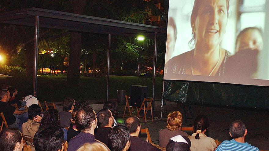 El vacío cultural de Ourense se agrava. al caer de la programación el cine de verano