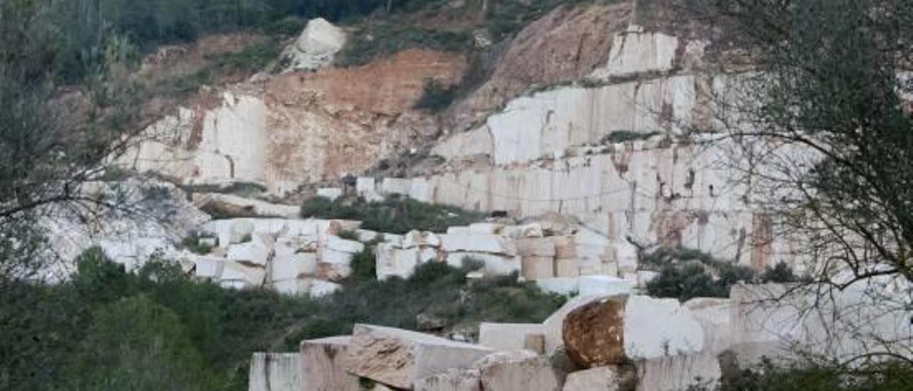 Barx y Quatretonda piden el nuevo proyecto de explotación de la cantera del Buixcarró