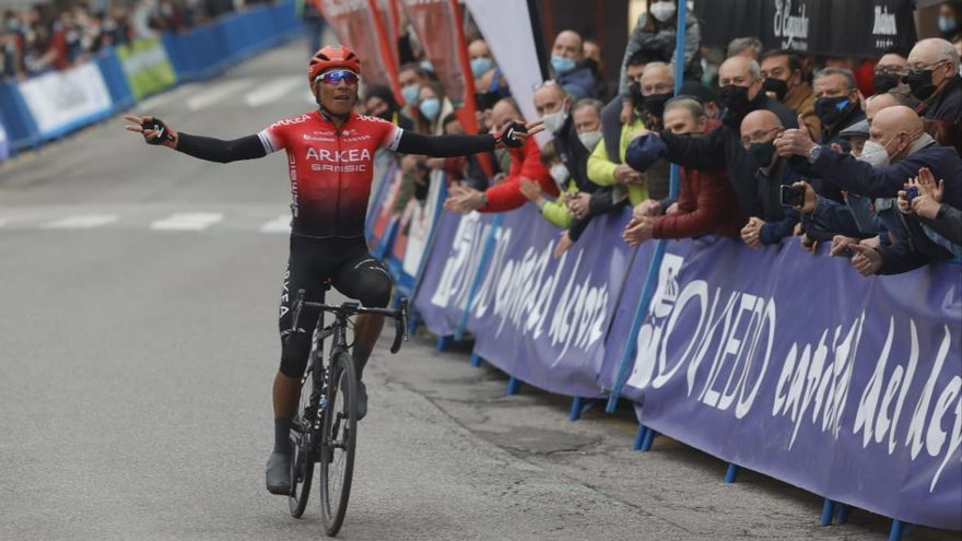 Nairo Quintana se impone en la primera etapa de la Vuelta a Asturias