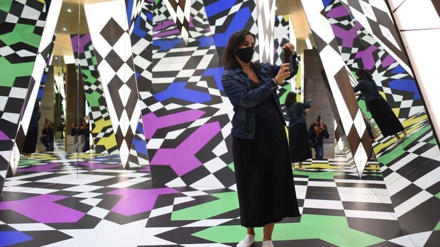 Juan Serrano pudo ver su última exposición en una visita privada al C3A
