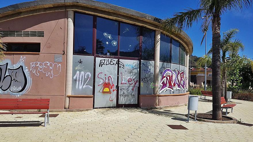 Licitan la explotación de las cafeterías de los parques de La Vega y La Constitución