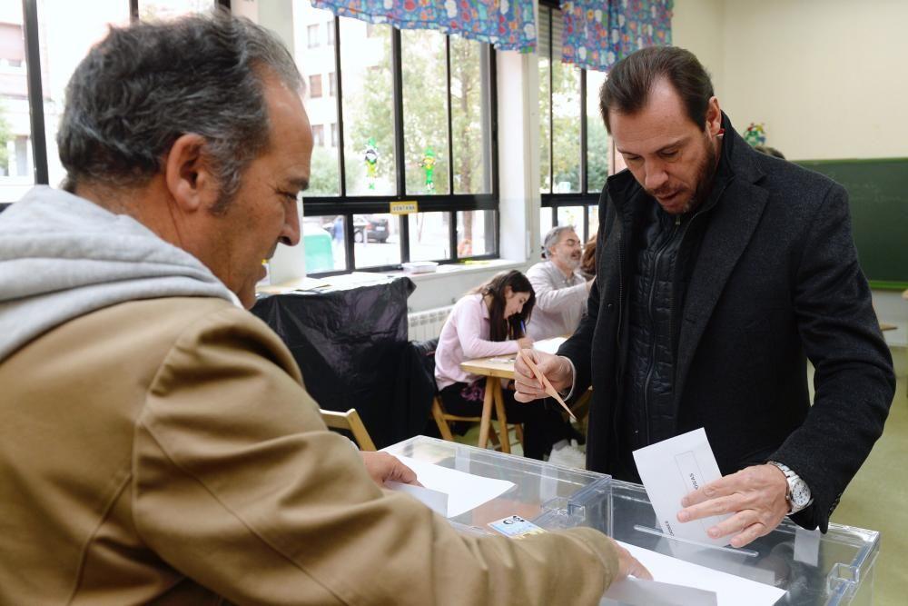 Vota Óscar Puente
