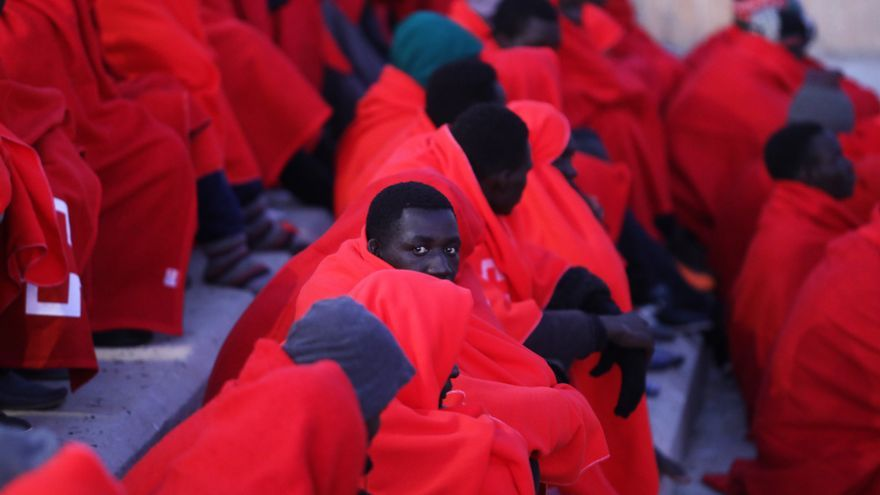 """Asociaciones africanas en Canarias ven la deportación como """"un negocio"""""""
