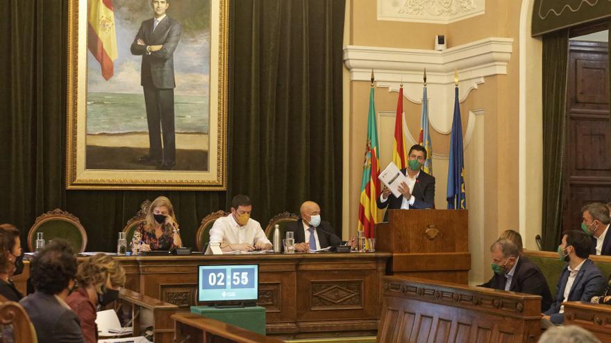El pleno de Castelló aprueba la bajada y eliminación de tres tasas e impuestos
