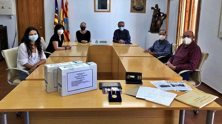 El Archivo de Formentera crece con documentos de su historia reciente