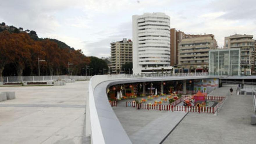 Málaga aprueba que se puedan construir oficinas en la esquina de oro del puerto