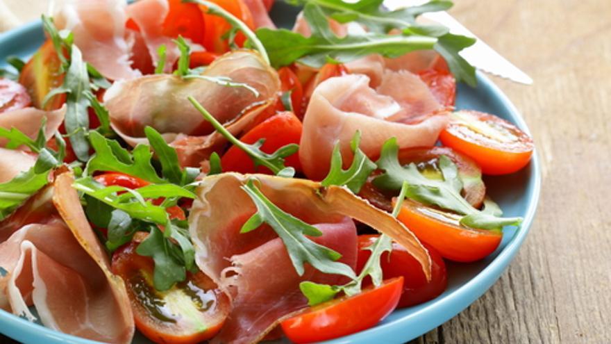 Ensalada de jamón y tomate