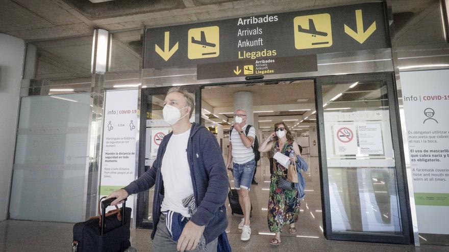 El Govern, dispuesto a hacer test de coronavirus a los turistas que lleguen a Baleares