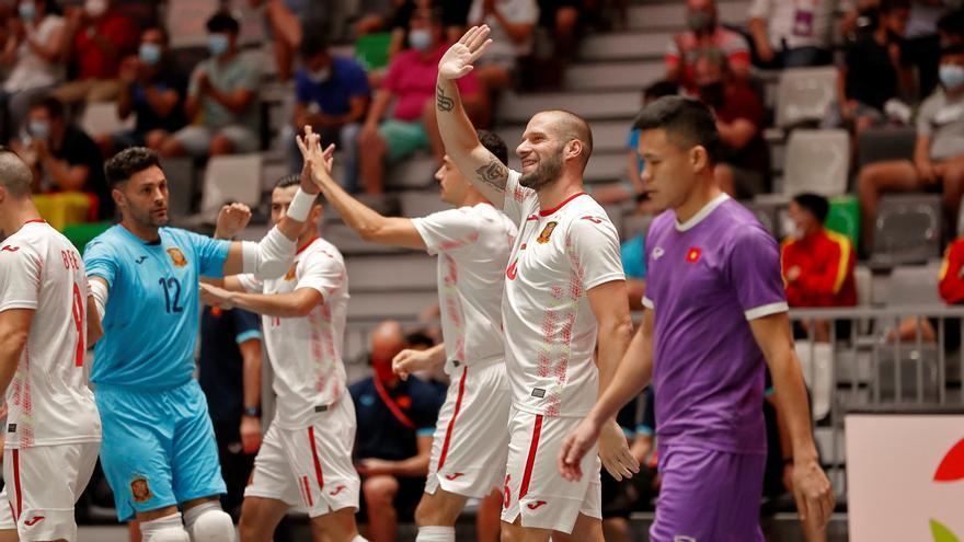 España golea a una inocente Vietnam en el Olivo Arena (4-0)