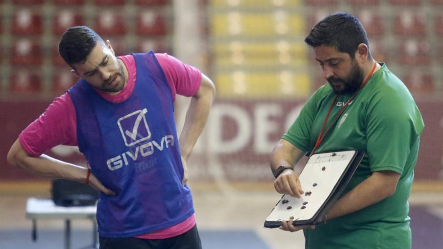 Josan González estimula al pujante Córdoba Futsal