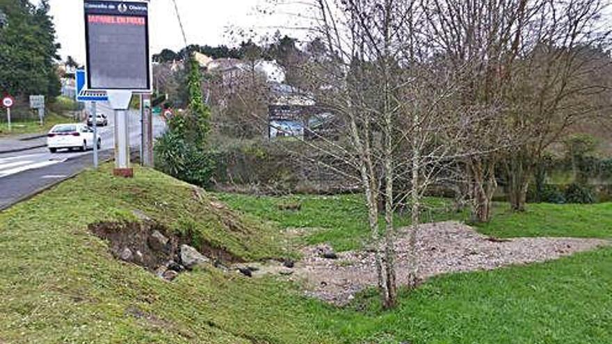 Desprendimiento junto al río Iñás