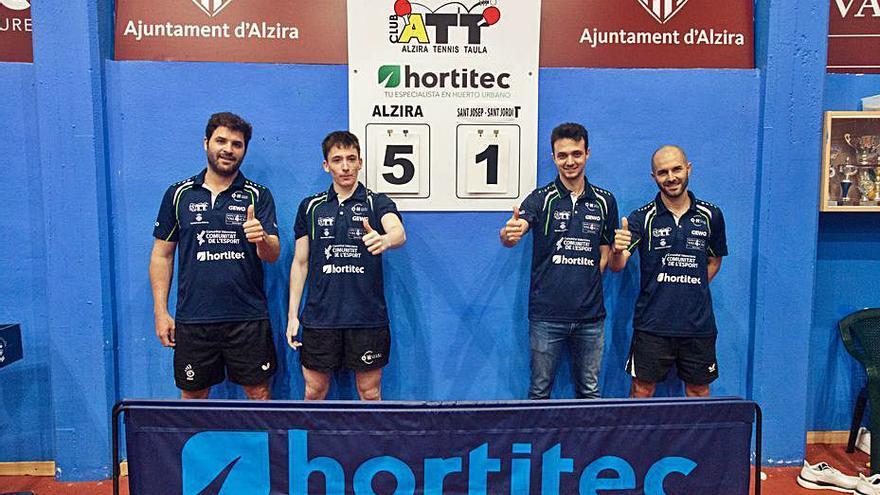 El primer equipo y el filial del Alzira Tenis Taula ganan sus ligas