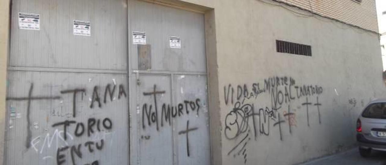 La jueza anula la paralización por las quejas vecinales de las obras del tanatorio de Paterna