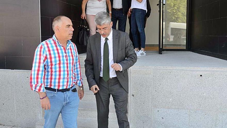 """Vilanova impulsa la creación de cuatro """"casas dos maiores"""" en sus parroquias"""