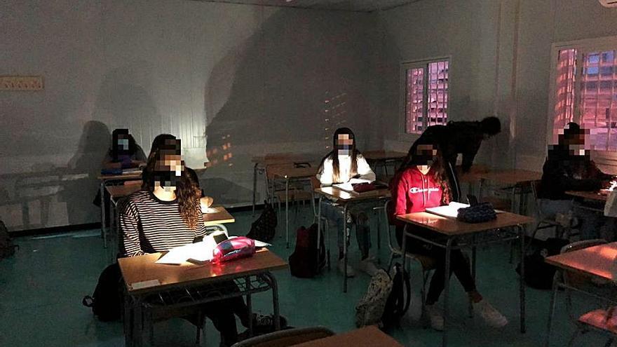 Petrer refuerza la conexión de luz del instituto para evitar apagones