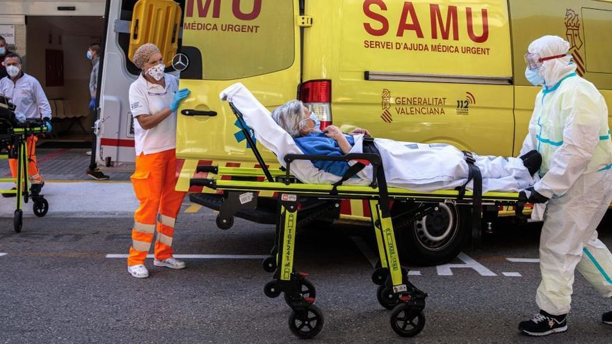 Las muertes por coronavirus repuntan hasta las 442