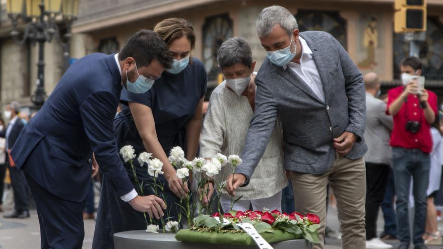 Barcelona recuerda a las víctimas del atentado de las Ramblas