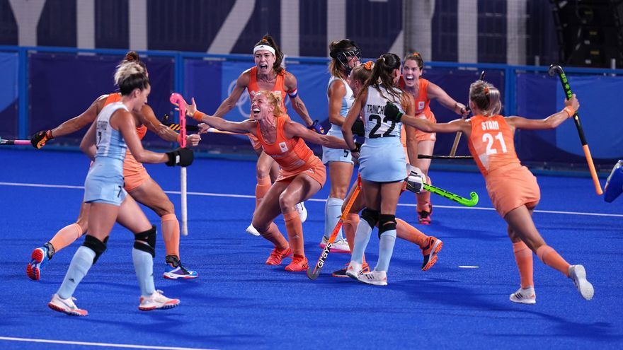 Países Bajos derrota a Argentina y conquista el oro en hockey sobre hierba femenino