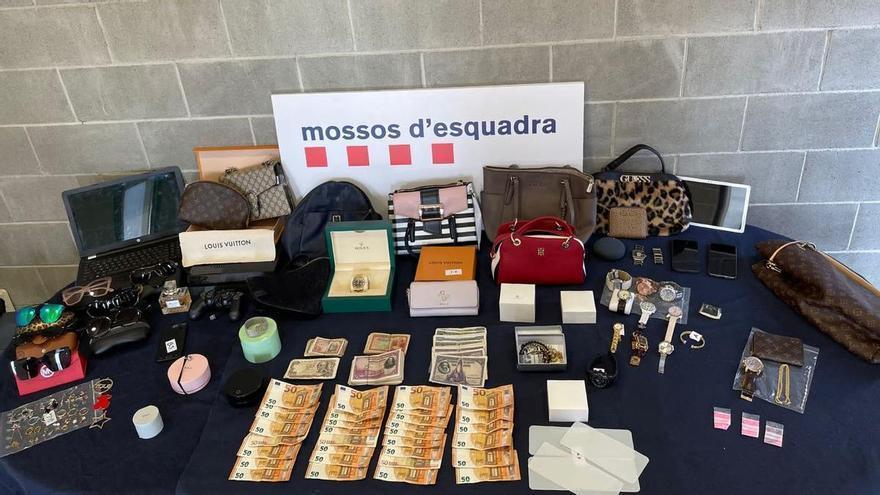 A presó dos homes enxampats robant en un domicili a Igualada
