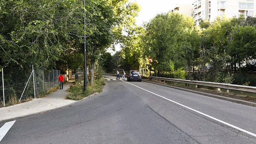 Sale de unos matorrales del Canal en Zaragoza y viola a una mujer que iba al trabajo
