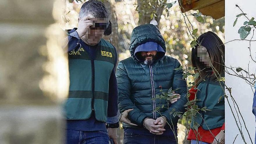 Los sicarios vigilaron al edil de Llanes antes del crimen y dejaron restos biológicos