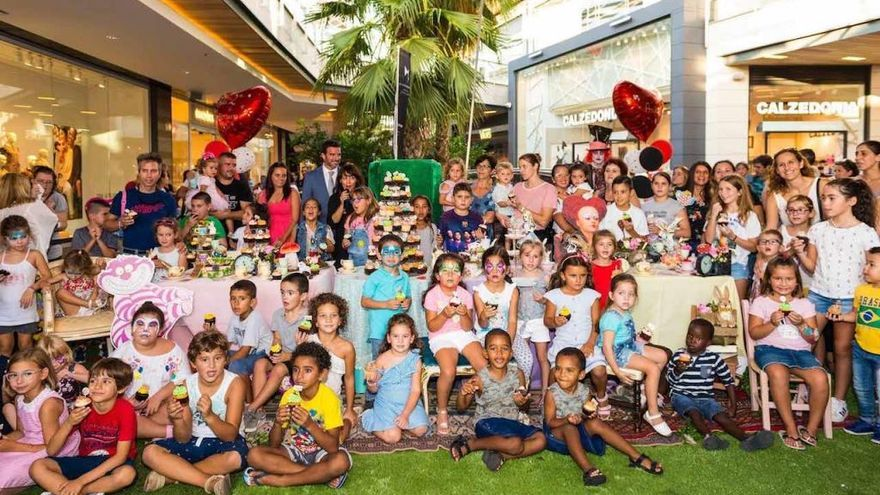 Fan Mallorca Shoping celebra su segundo aniversario