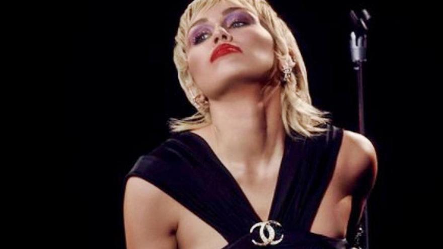 Miley Cyrus regresa como un ave fénix