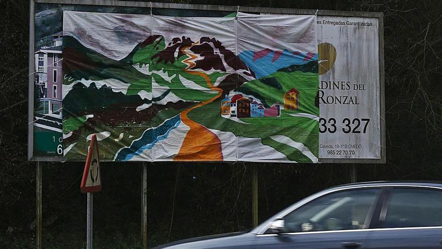 Un mural anónimo para engalanar Morcín