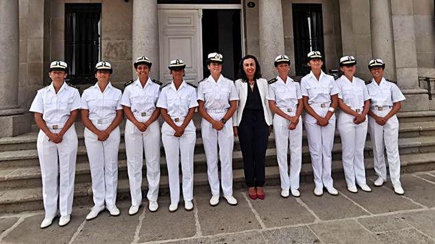 Récord de mujeres en la Escuela Naval de Marín