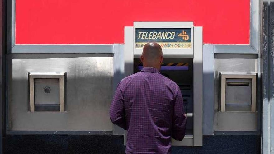 La gran banca recortó su plantilla en 5.300 empleados en lo que va de año