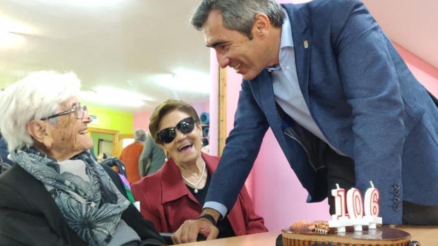 Una vecina de Benalmádena cumple 106 años