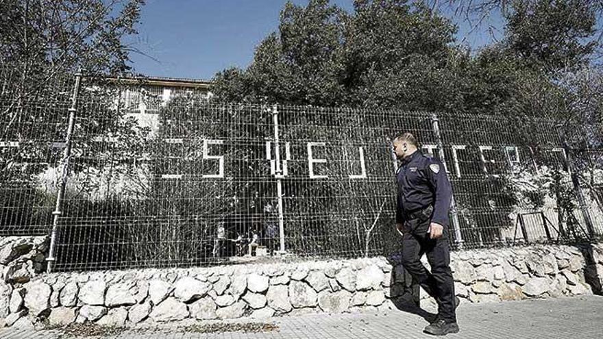 """Los policías tutores rastrearon a más de 800 alumnos """"desconectados"""""""