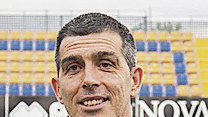 Muñiz, el mejor técnico de Segunda de la Liga 2015-16
