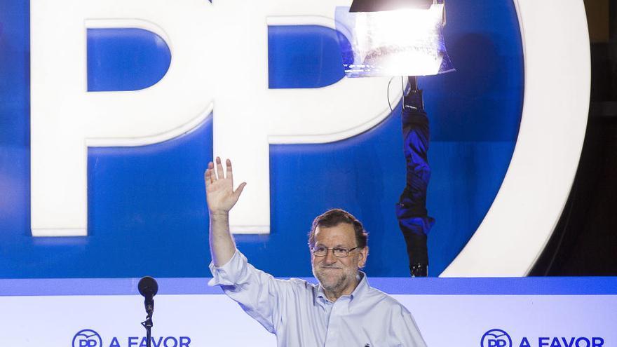 Rajoy buscarà un acord primer amb el PSOE i vol tenir enllestit el pacte de legislatura en un mes