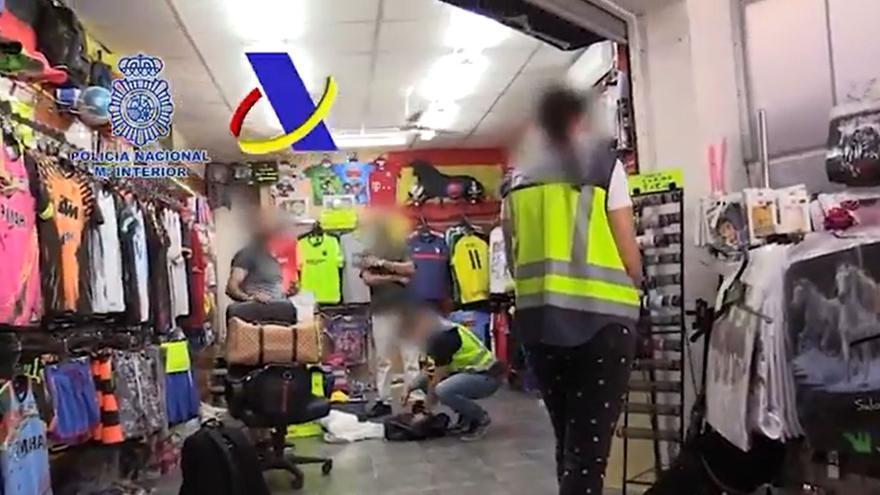 42 detenidos y más de 30.000 objetos intervenidos en una operación contra la propiedad industrial