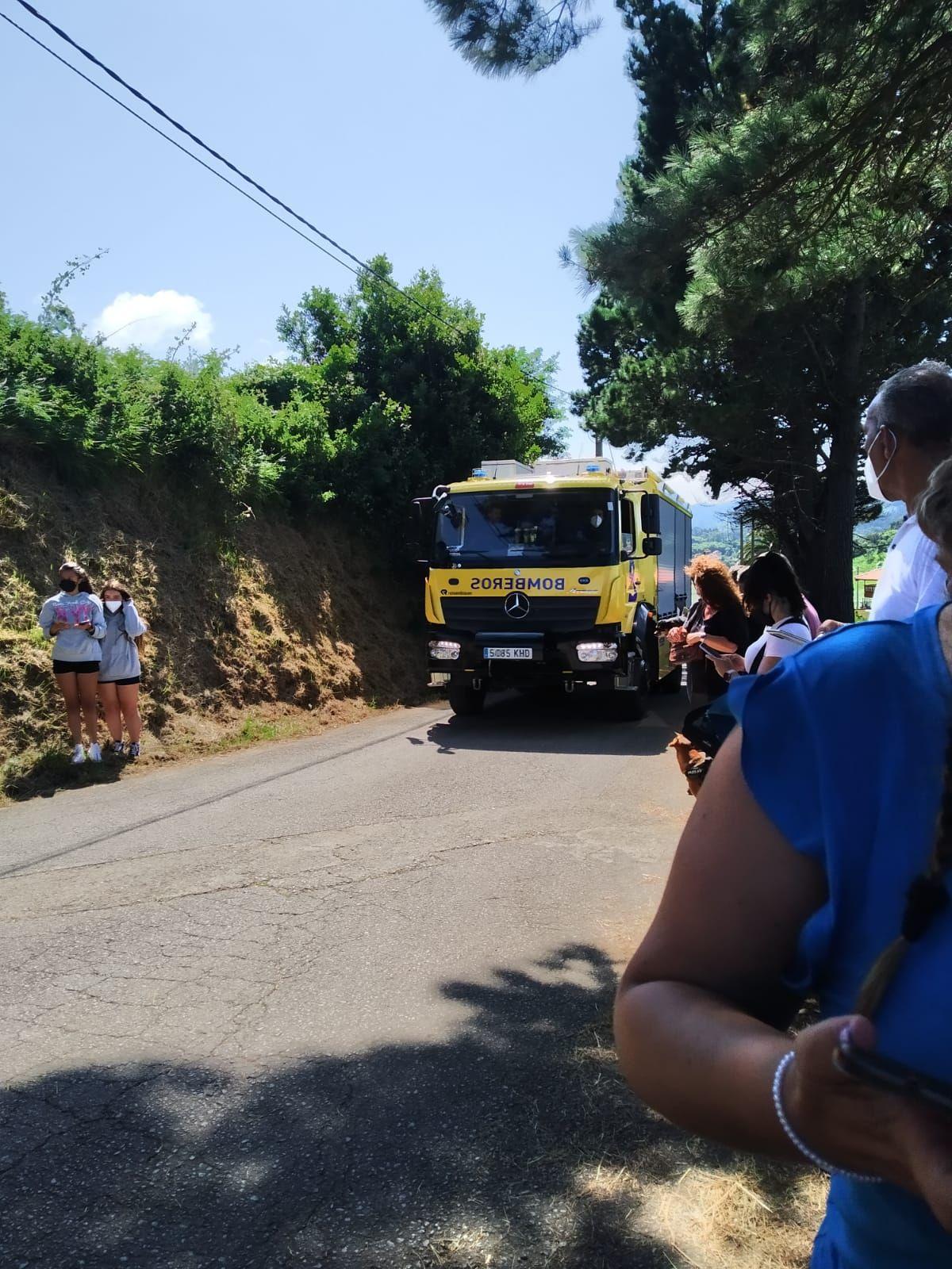 La rotura de una tubería de gas obliga a desalojar el camping de Perlora y la Ciudad Residencial