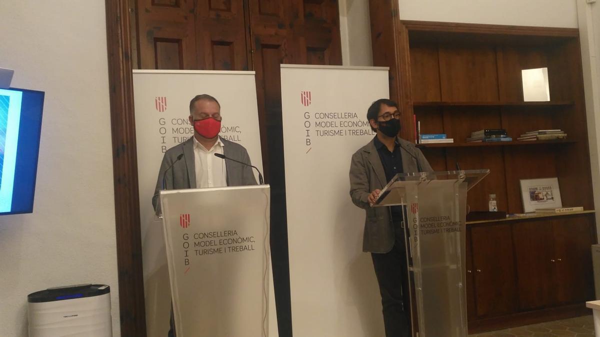 Llorenç Pou e Iago Negueruela en la rueda de prensa