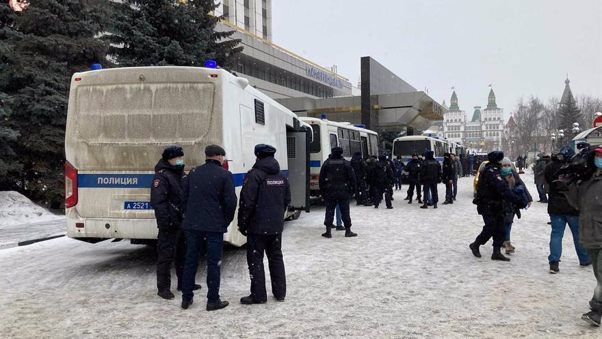 Un acto de la oposición rusa acaba con 180 detenidos en Moscú