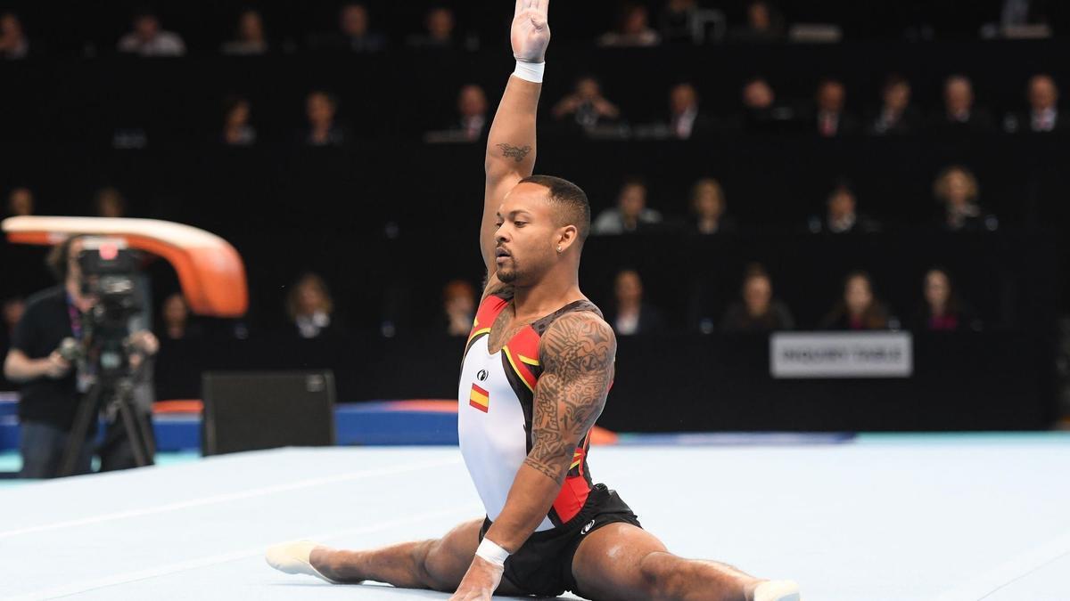 El gimnasta Ray Zapata consigue la medalla de plata.