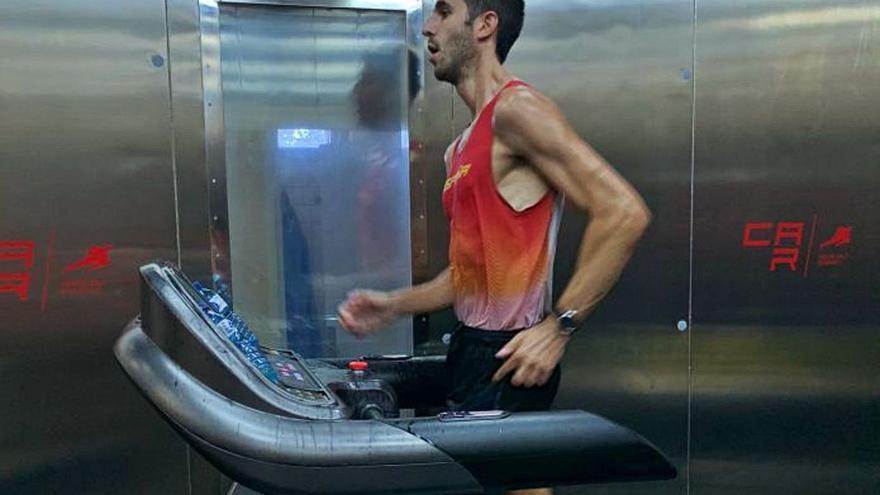 Marc Tur prepara su asalto a los Juegos en una cámara de humedad