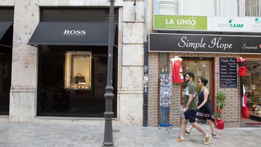 Un bazar chino en plena 'Milla de Oro' de València