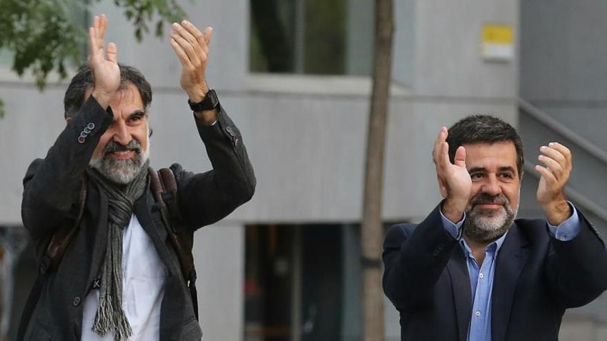 La cárcel avala el primer permiso de Sànchez y Cuixart
