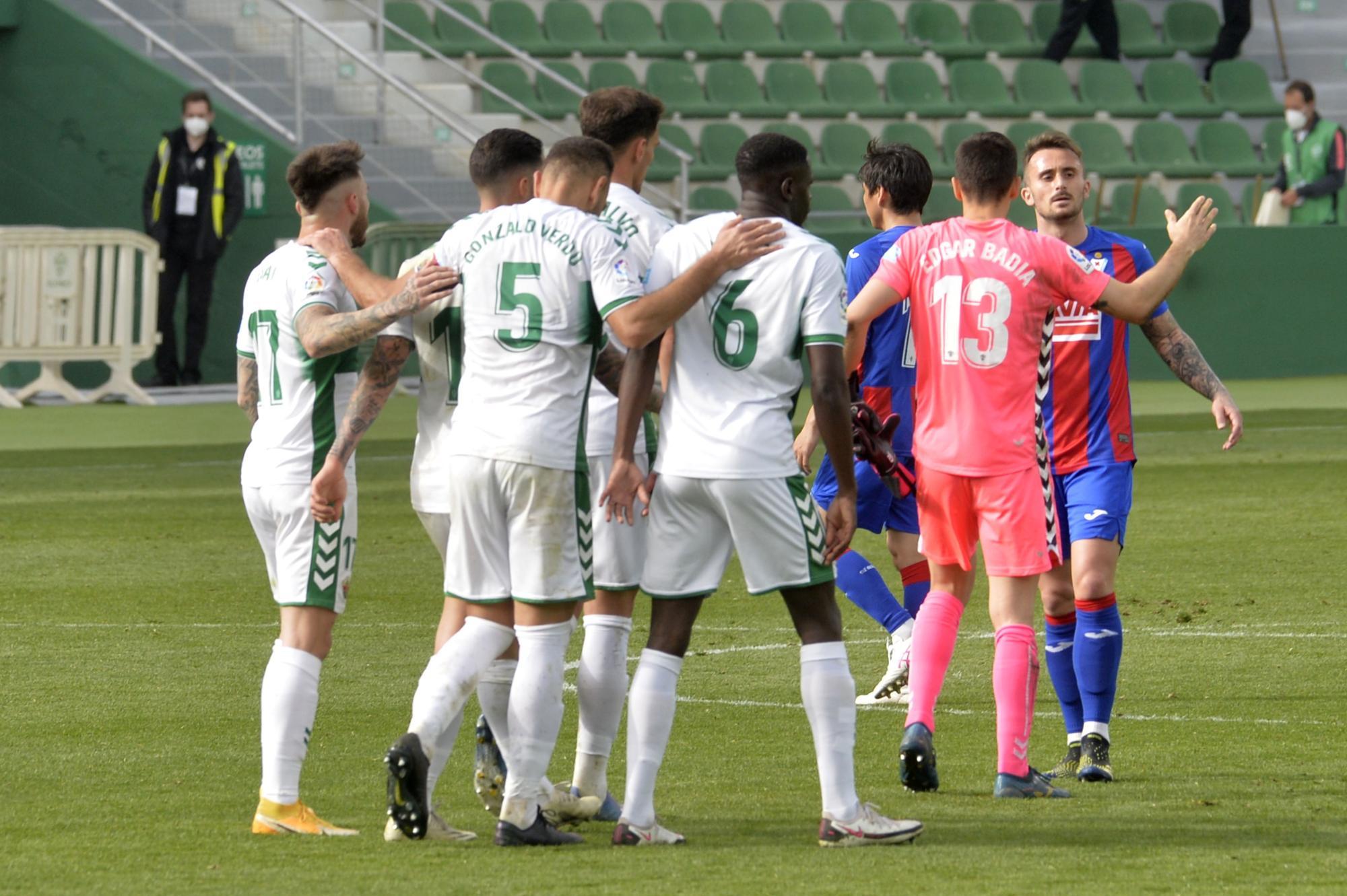 El Elche vence al Eibar 1-0 y se reencuentra con la victoria después de 17 partidos