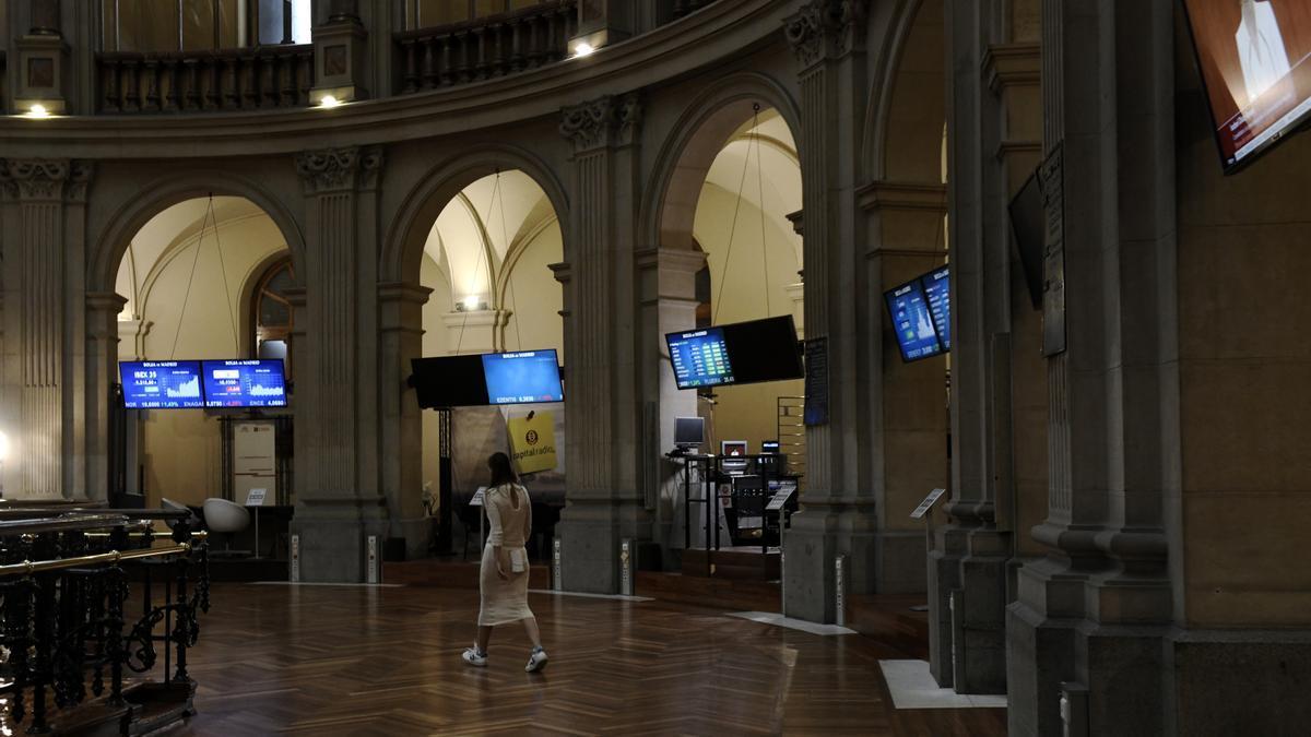 El interior de la Bolsa de Madrid
